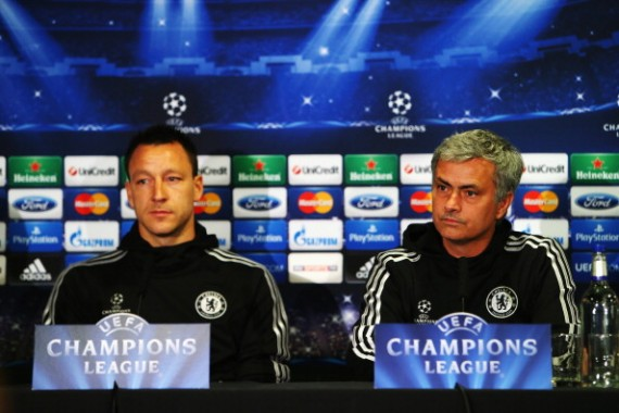 LONDON, ENGLAND - APRIL 29:  (L-R) John Terry and his Chelsea manager Jose Mourinho talk to the media at the Chelsea press conference at Stamford Bridge on April 29, 2014 in London, England.  (Photo by Clive Rose/Getty Images)