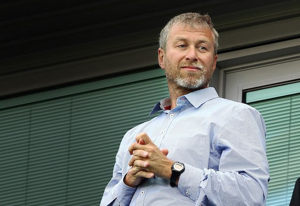 Roman Abramovich is weighing up whether to axe manager Jose Mourinho