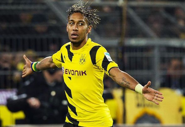 Pierre Emerick Aubameyang has distanced himself from a move to Arsenal