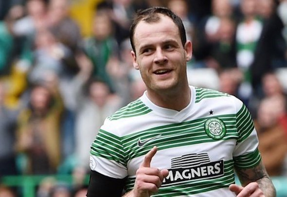 Anthony Stokes has joined Hibernian on loan from Celtic