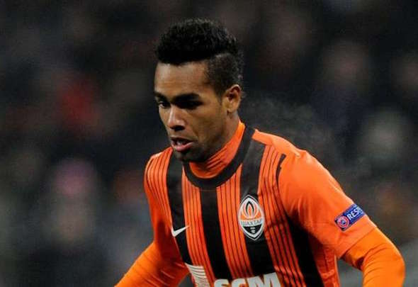 Alex Teixeira is closing in on a transfer to Liverpool