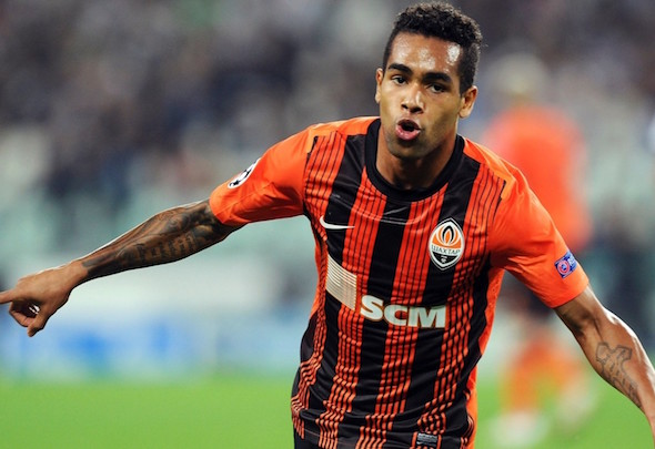 Prolific Brazilian Alex Teixeira is the subject of strong interest from Chelsea
