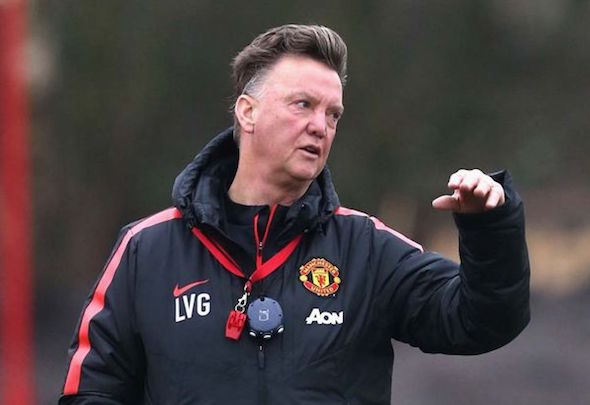 Louis van Gaal takes a Manchester United training session
