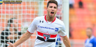 Jonathan Calleri plays for Sao Paulo