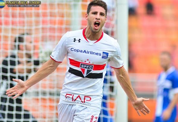 Jonathan Calleri plays for Sao Paulo