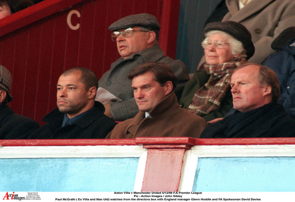 Aston Villa v Manchester United 5/12/98 F.A Premier League Pic : Action Images / John Sibley Paul McGrath ( Ex Villa and Manchester United) watches from the directors box with England manager Glenn Hoddle and FA Spokesman David Davies