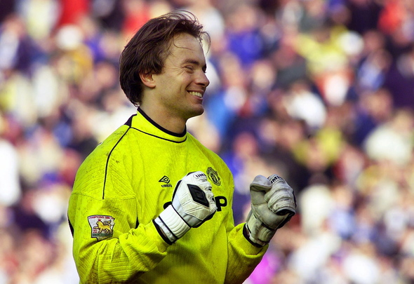 Manchester United's Australian goal keeper Mark Bosnich celebrates after beating Leeds United at Elland Road February 20. Manchester United beat Leeds United 1-0 to go six points clear at the top of the English premier league.  IH/PS/WS Reuters / Picture supplied by Action Images *** Local Caption *** RBBORH2000022000326.jpg