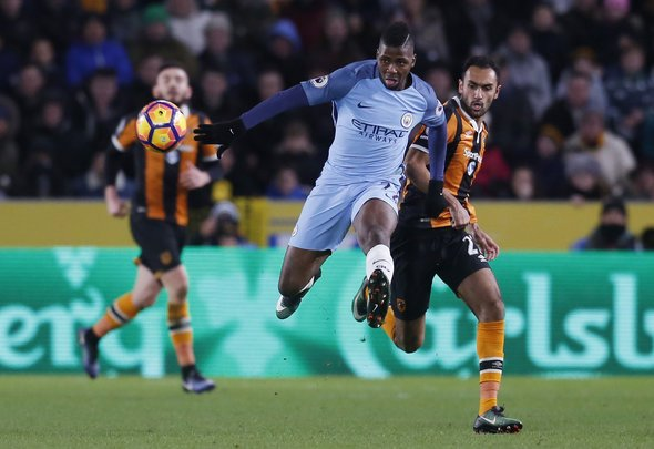 Kelechi Iheanacho plays a pass for English club Manchester City