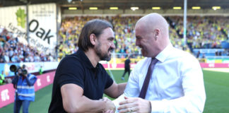 Norwich City manager Daniel Farke shakes hands with Burnley manager Sean Dyche